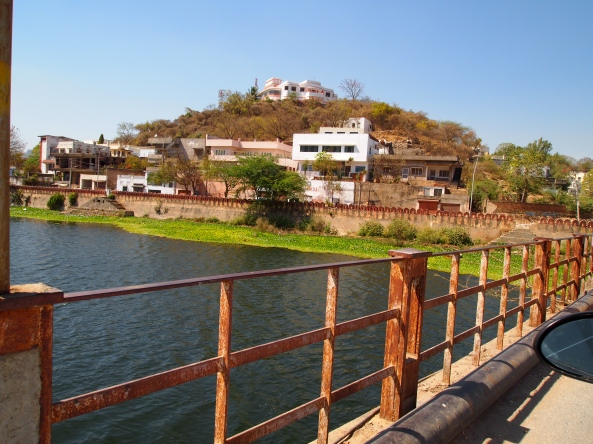 Bridge over Lake Pichola