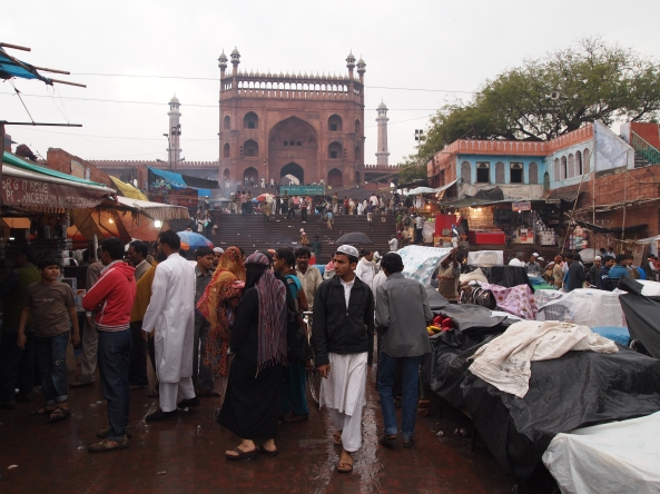 the market in front of Jama Masjid