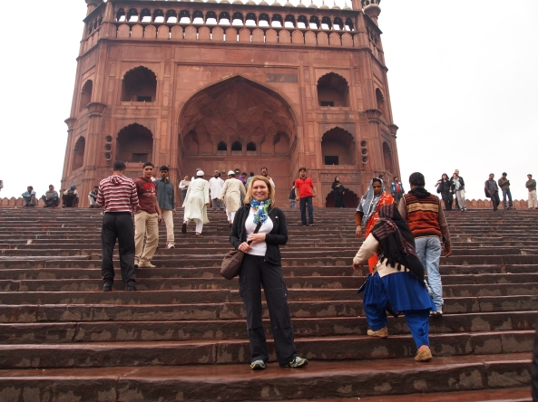 Jayne on the steps of Jama Masjid