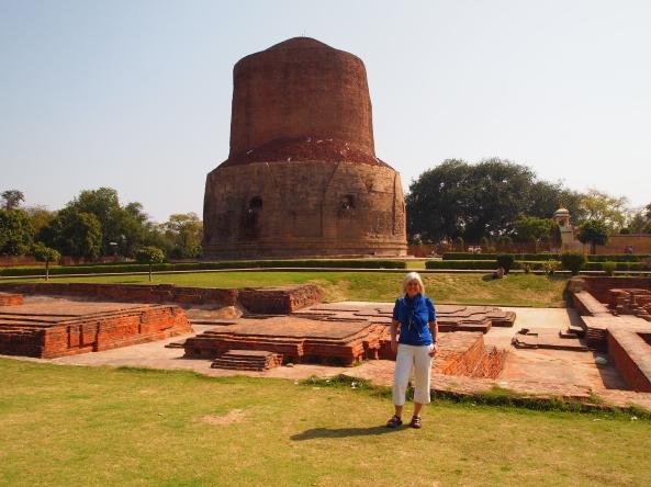 the ruins and the stupa at Sarnath