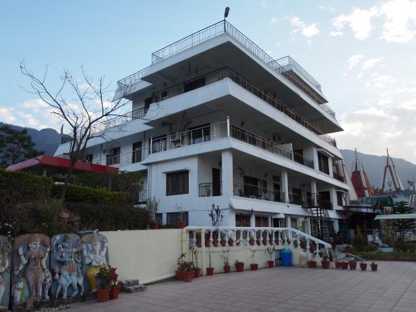 Hotel Divine Resort in Rishikesh