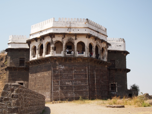 the Chini Mahal, where Abul Hasan Tana Shah was held captive for 12 years before his death in 1699