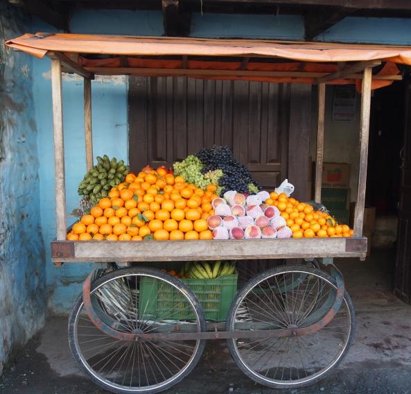 an enticing little cart