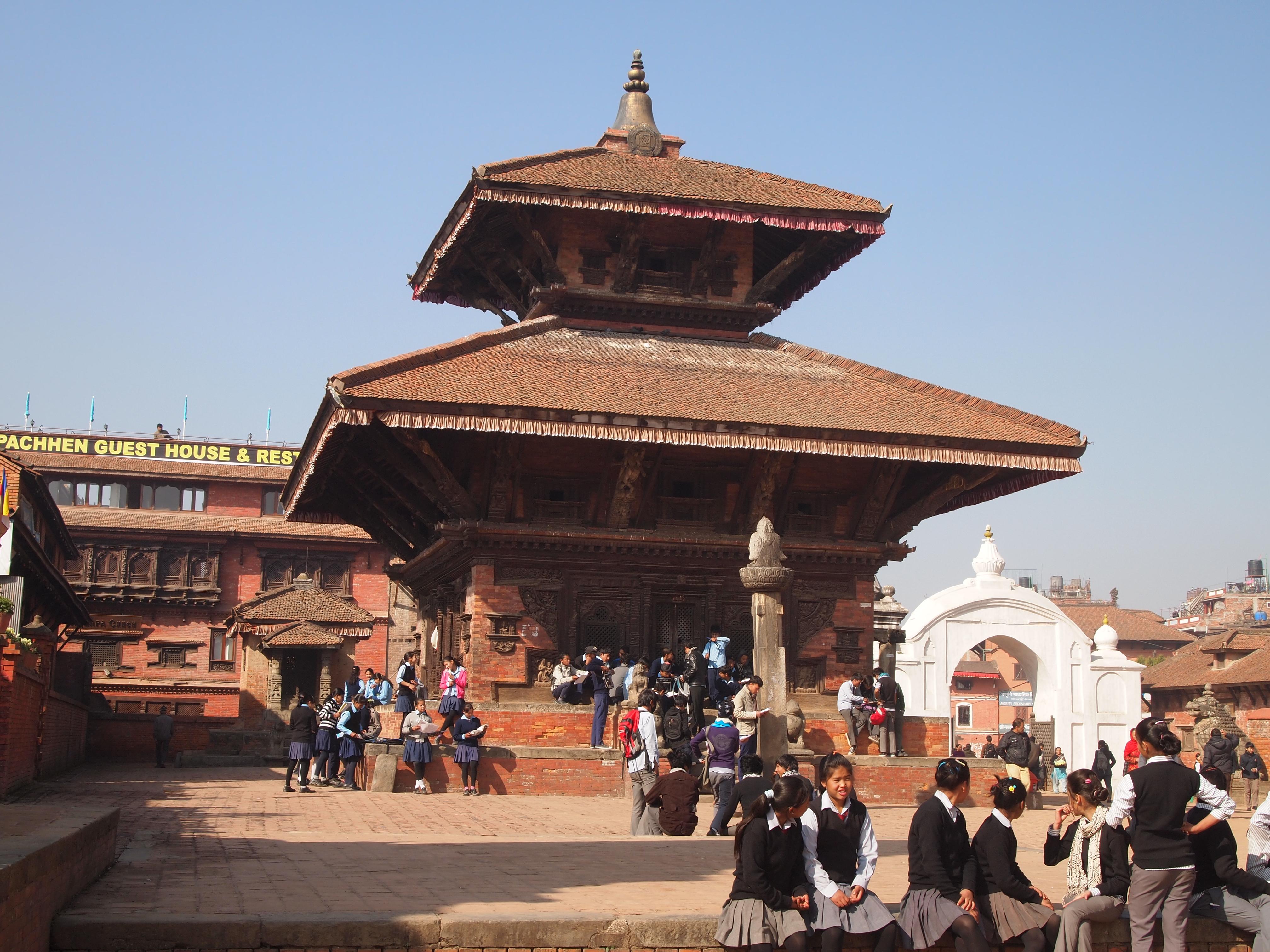 bhaktapur: durbar square | catbird in south asia
